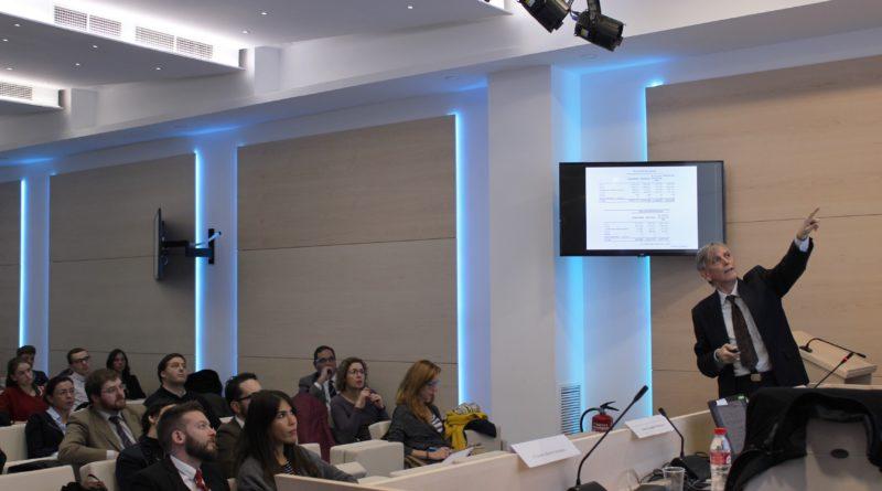 Fotografía hecha durante la conferencia en el Colegio de Abogados de Madrid e impartida por el abogado Florentino García sobre cómo preparar una causa judicial